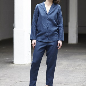 Free linen pajama sewing pattern with collar, buttons and elastic waist band.