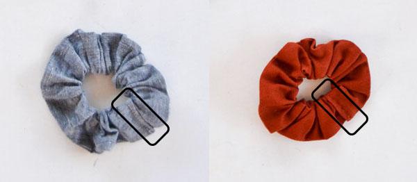 2 scrunchies